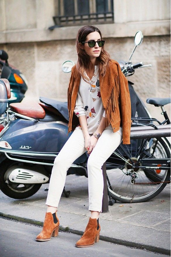 fringe jacket, white jeans, fall whites, western, brown suede boots, western
