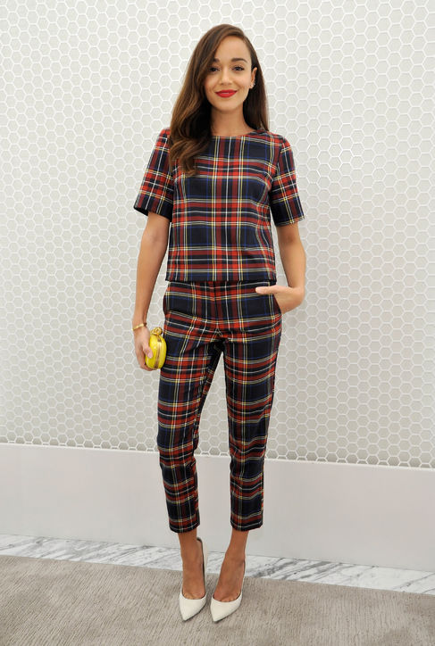 what to wear to holiday parties, plaid printed pants set, matching set, holiday party, ashley madekwe