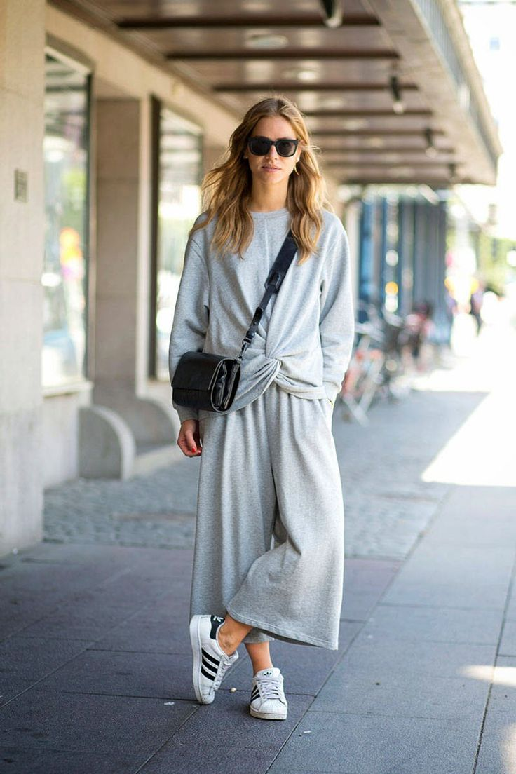 groutfits, grey outfits, monochromatic, all gray, gray outfits, culottes-sweats-adidas-sneakers-gym-shoes-grey-via-trineswardrobe