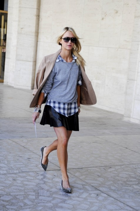 flannel-plaid-shirt-grey-sweatshirt-leather-skirt-flats-sunglasses-spring