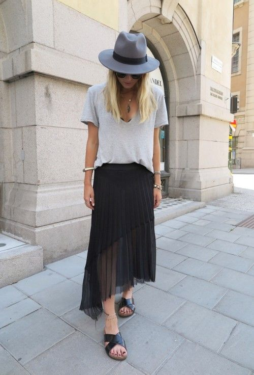 maxi-slides-pleated-skirt-summer-casual-fall-via-theyallhateuscom