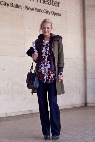 Mary_Kate_Steinmiller_Teen_Vogue-wide-leg-pants-printed-blouse-army-jacket-fur-fall