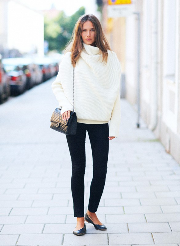 black,and,white,winter,turtlneck,sweater ,black,skinny,pants,ballet,flats,via,stockholm,street,style
