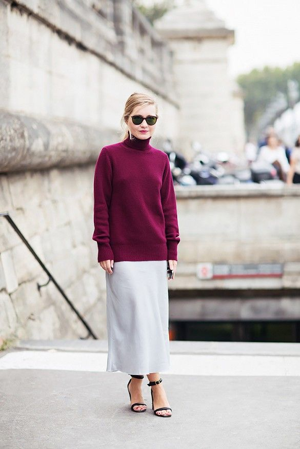 c59878eae434edcb2668cfe87ec56f69, long midi, turtleneck sweaters, sweaters over skirts, transitional dressing, burgundy, berry, summer dresses into fall, sweaters over dresses, long midi, sunglasses, fall, winter, sandals