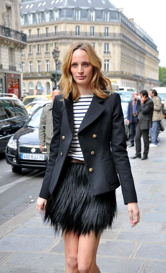 feather-minis-skirt-striped-tee-stripes-navy=-blazer-going-out-fall-calssic-lsd-via-habituallychic.blogspot.com
