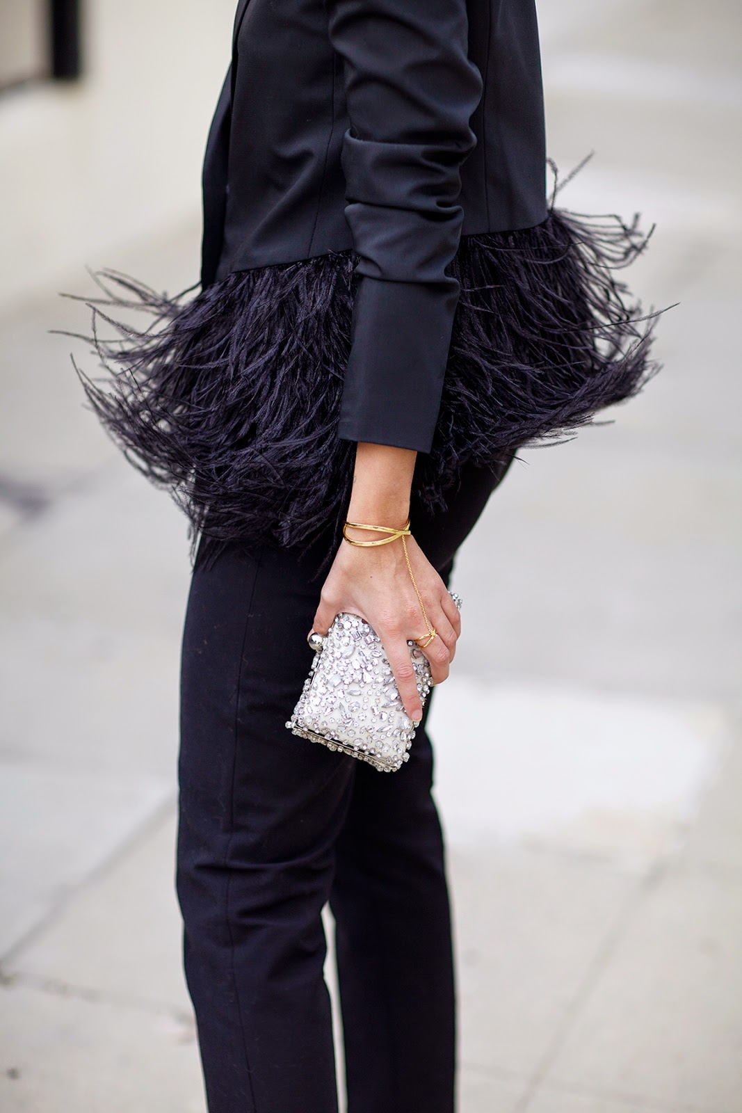 holiday-feathers-going-out-winter-via-via-whowhatwear