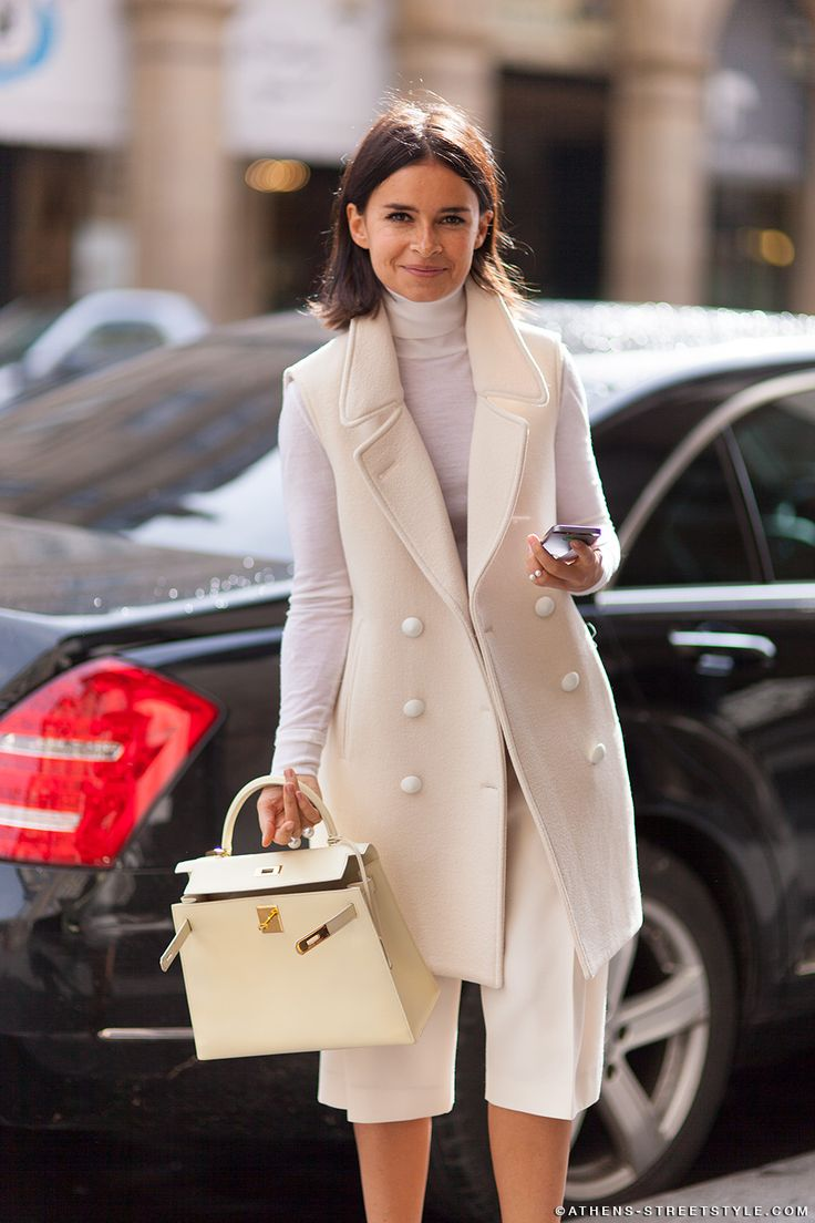 long-blazer-fall-whites-winter-whites-culottes-shorts-via-athens-streetstyle.com