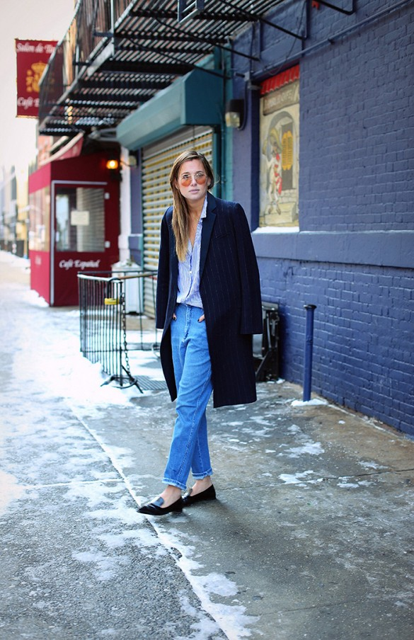 mom-jeans-black-oxfords-oxford-loafers-black-pin-stripe-coat-via-whowhatwear