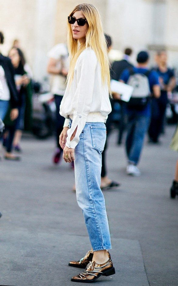 mom-jeans-metallic-oxfords-via-stockholm-street-style