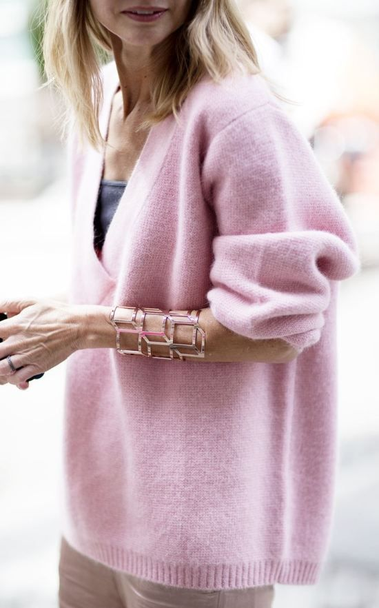 pastel-pink-sweater-oversized-sweeater-fall-pastels-cuff-via-brightontheday.com