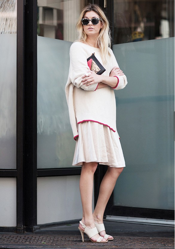 sweaters-and-skirts-oversized-sweater-pleated-skirt-blush-nude-fall-layers-sweaters-and-skirts-oversized-sweater-via-camille-over-the-rainbow