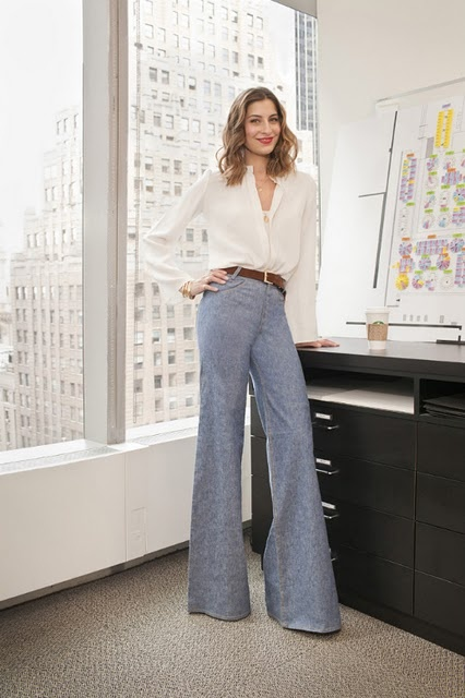 sylvana-soto-ward-wide-leg-pants-work-office-editor-style-via-vogue