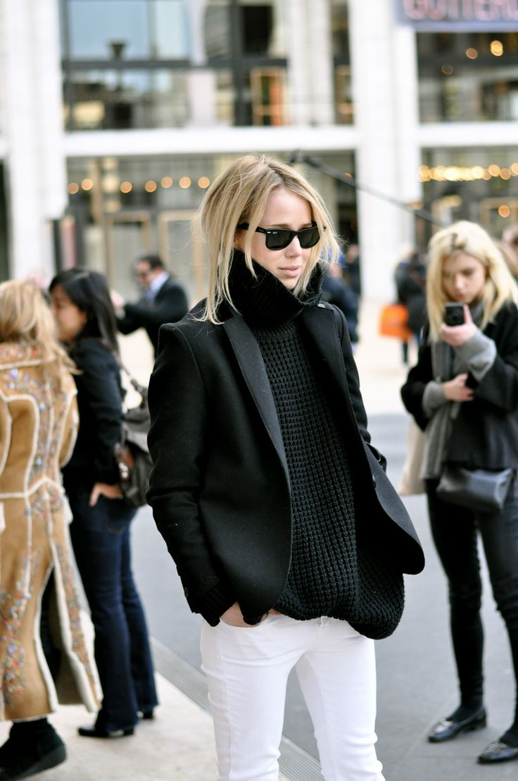 white-jeans-fall-whites-black-turtleneck-sweater-black-blazer-sweaters-black-and-white-via-witanddelight.tumblr.com