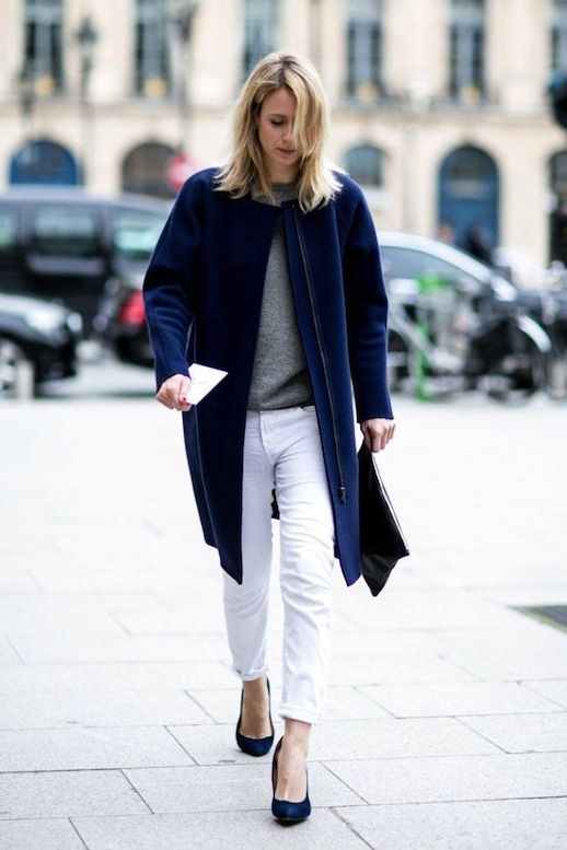 white-jeans-rolled-jeans-grey-sweater-pumps-navy-coat-fall-whites-fall-via-lefashionimage.blogspot.com-via-vogue.fr