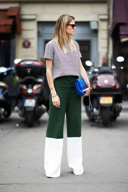 wide leg pants, colorblock pants, emerald green, mixed prints, fall, spring, blue bag, quilted chanel purse