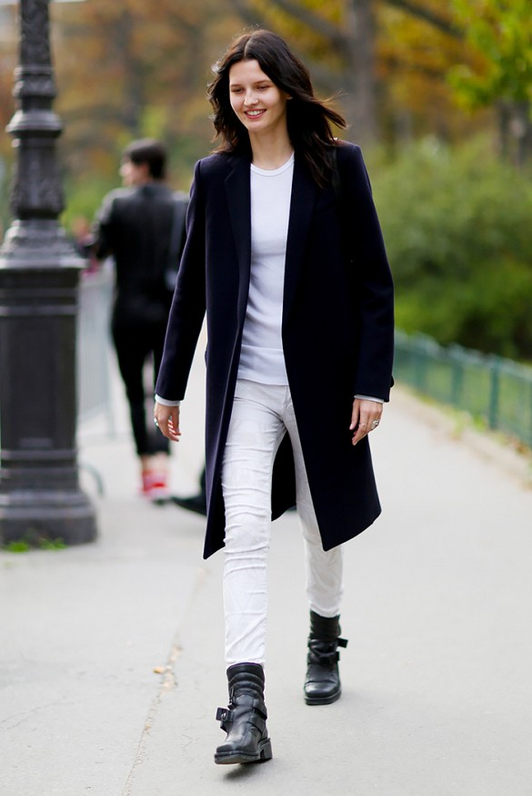 White skinny jeans black boots – Global trend jeans models