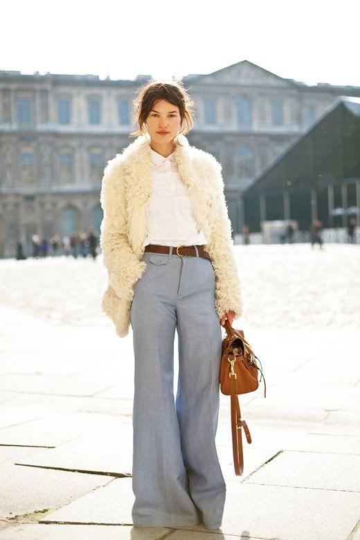 wide-leg-pants-white-oxford-fuzzy-furry-jacket-fall-spring-via-thefashionspot