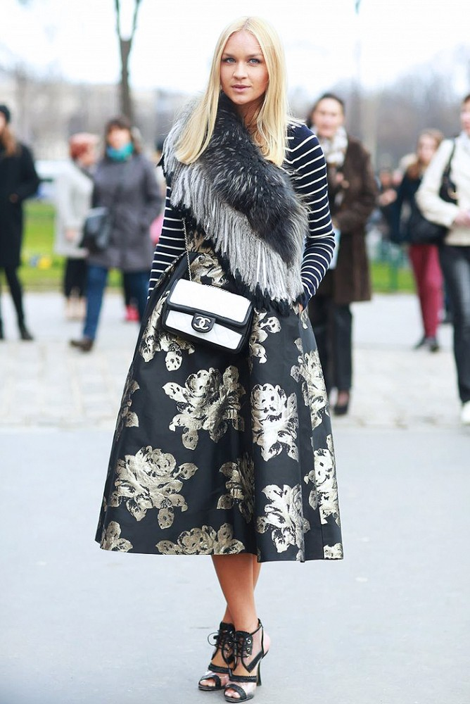What to wear with a midi skirt in winter – Modern skirts blog for you