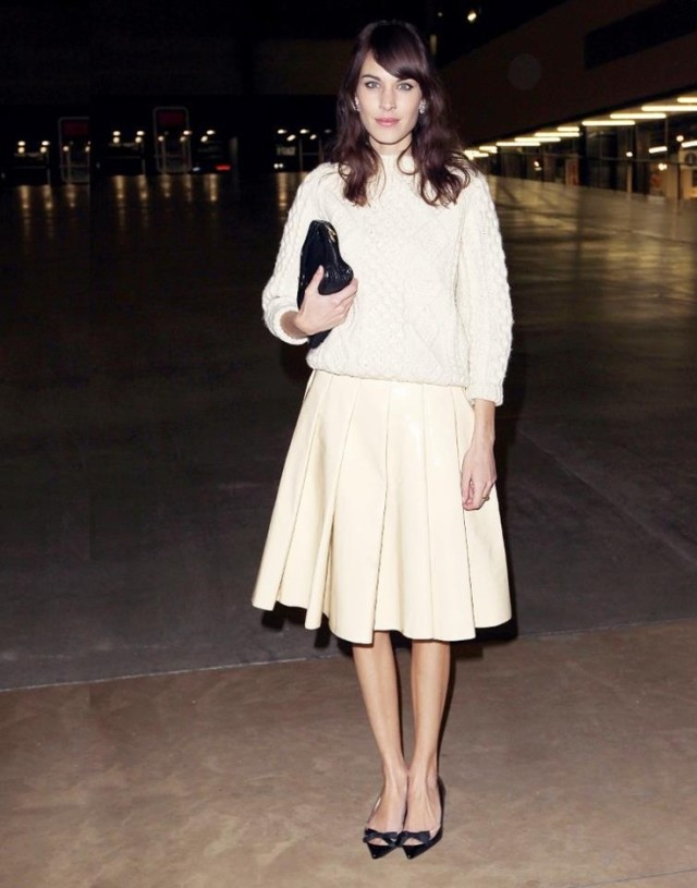 christmas outfit, alexa chung, winter whites