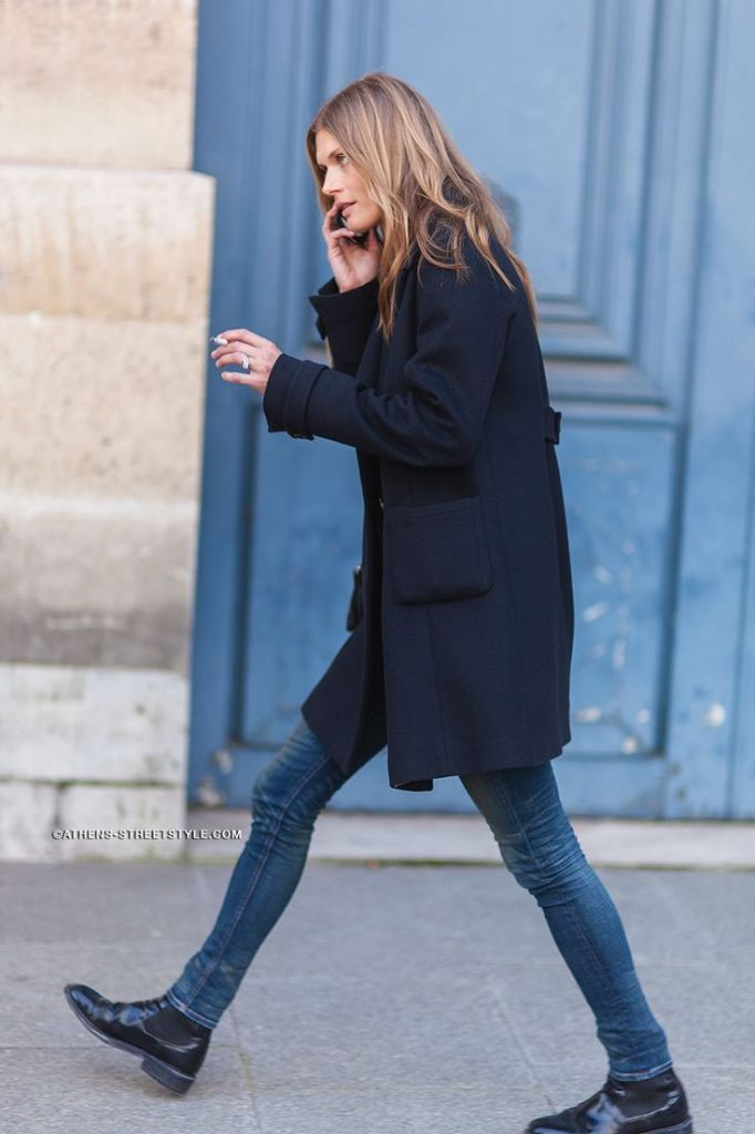 chelsea boots, winter outfit, ankle boots, booties, skinny jeans, navy coat, athens street style
