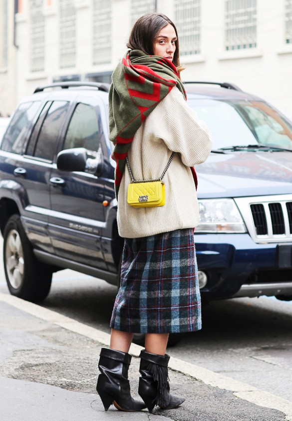 winter outfits, oversized sweater, blanket scarf, mini bag, yellow bag, plaid midi skirt, fall plaids, booties