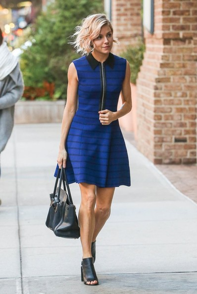 sienna-miller-blue-and-black-collared=dress-mules-summer-work-outfit-going-out-night-out-via-stylebistro