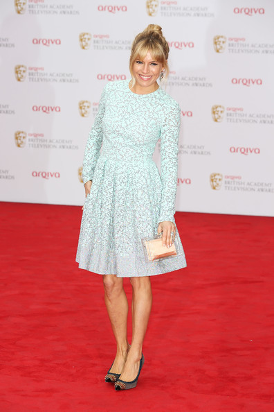sienna-miller-pastel-blue-green-mint-lace-dress-spring-wedding-party-via-gety