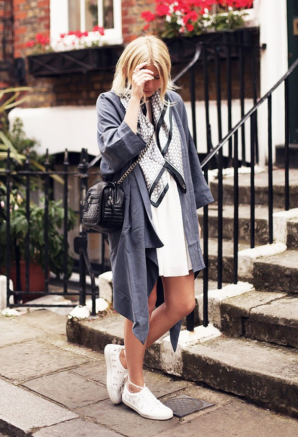 silk-printed-scarf-accessories-white-sneakers-trench-coat-spring-fall-coat-via-intothefold