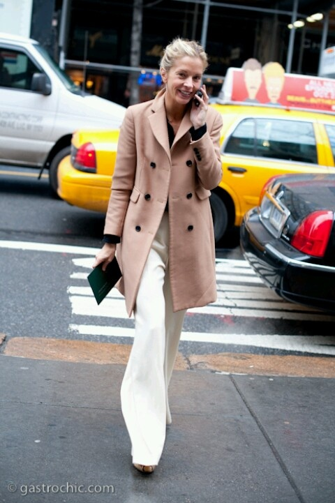 winter-whites-fall-whites-wide-leg-pants-camel-coat-clutch-going-out-evening-work--meredith-melling-style-setters-bia-gastrochic