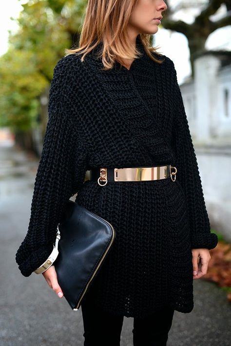 belted sweater, gold belt, style hack, fall winter outfit