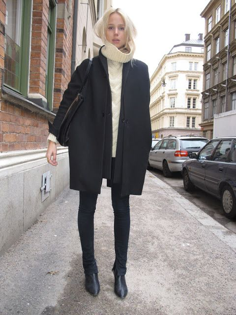 black skinnies, white oversized turtleneck sweater, black coat, elin kling, black and white, winter outfit