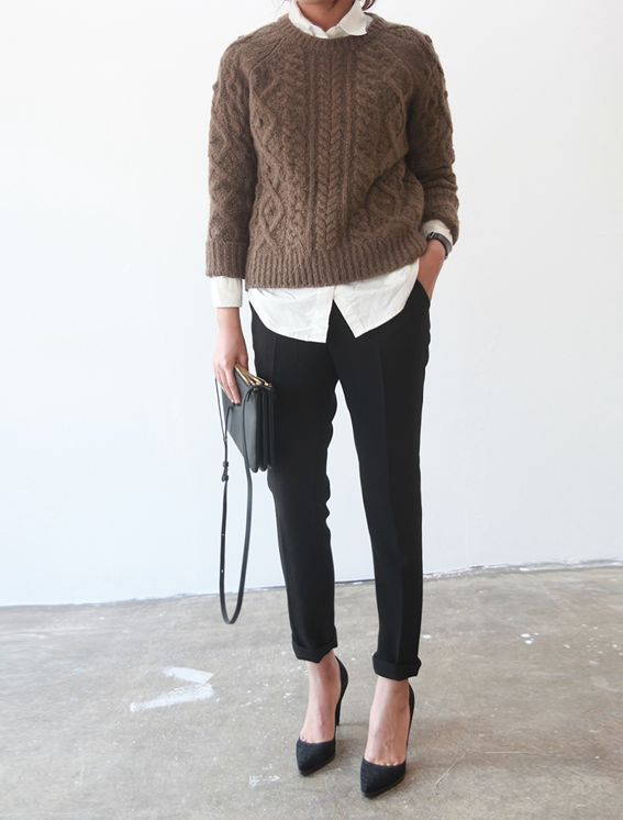 how to wear brown and black, winter work outfit, fisherman sweater, black trouser pants