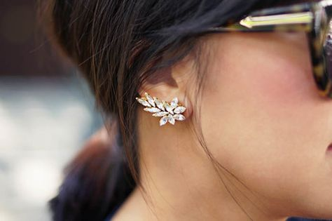 26ce6d4bf How To Wear Ear Cuffs – Closetful of Clothes
