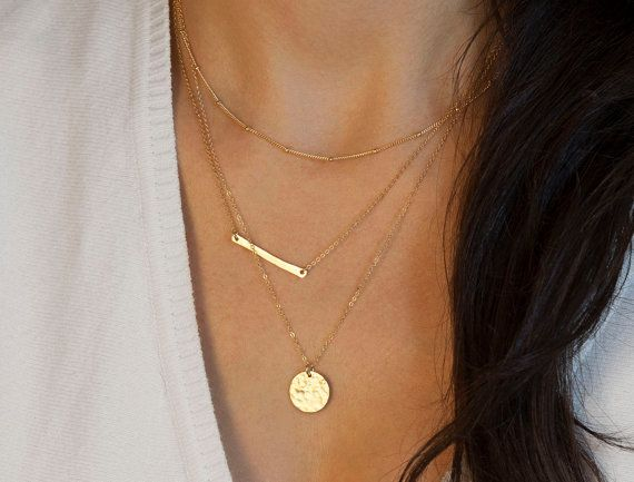 How To Wear Layered Necklaces Closetful Of Clothes