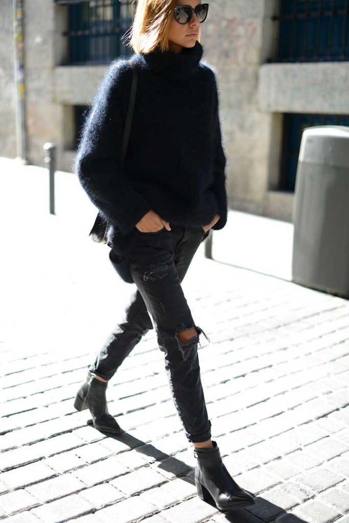 chelsea boots, winter outfit, ankle boots, booties, black ripped jeans, black turtleneck sweater, winter weekend outfit
