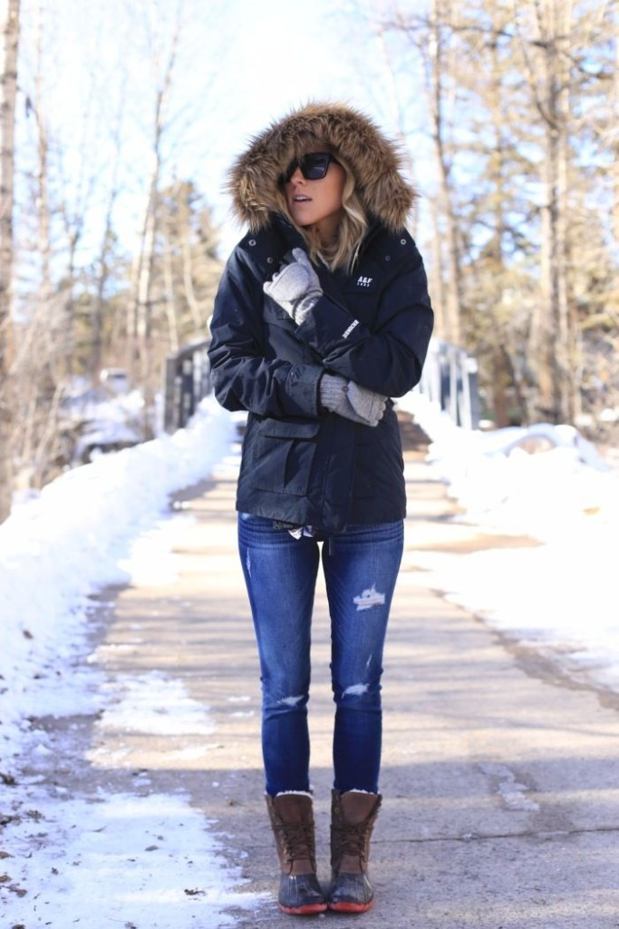 how to wear snow boots, winter outfits, snow outfits, damsel in dior, ski outfits
