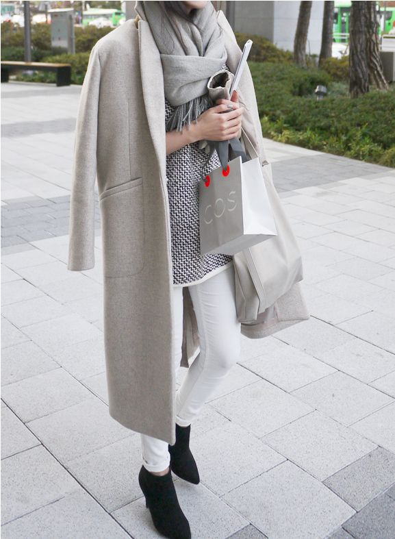 grey coat, white jeans, winter whites, black booties, shopping outfits holiday outfits, winter weekend outfit, fall layers