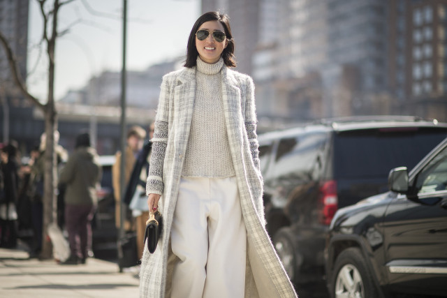 outfit ideas: culottes and turtleneck sweaters, winter whites, white pants, monchromatic, winter neutrals, tutleneck sweater, printed coat, cropped pants, culottes, street style, work
