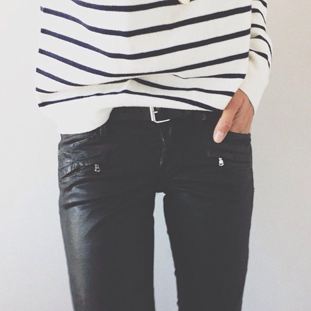 striped sweater, coated skinnies, black leather skinnies, stripes, striped tee, belted, tucked in sweater, fall weekend outfit, classic preppy
