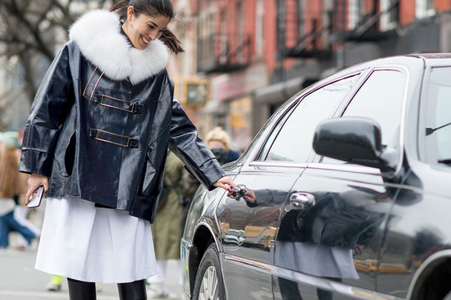 Caroline Issa, NYFW Street Style, Fur Coat, Winter Layers, Winter Outfits, Fashion Week, Coats, Statement Coats