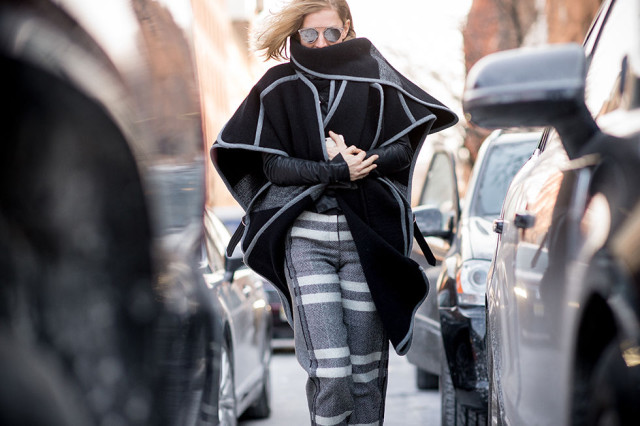 NYFW Street Style, Fur Coat, Winter Layers, Winter Outfits, Fashion Week, Coats, Statement Coats
