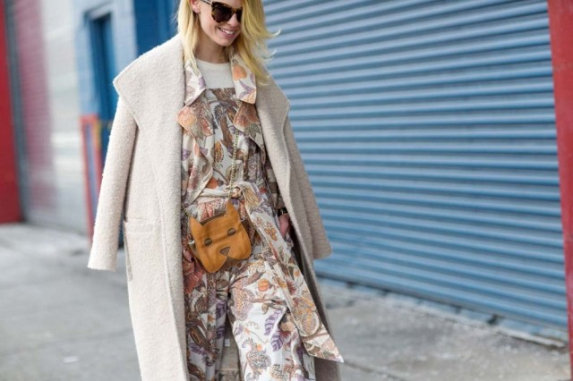 nyfw-spring-towinter-pastels-prints-blush-coat-via-via-thestyleograph
