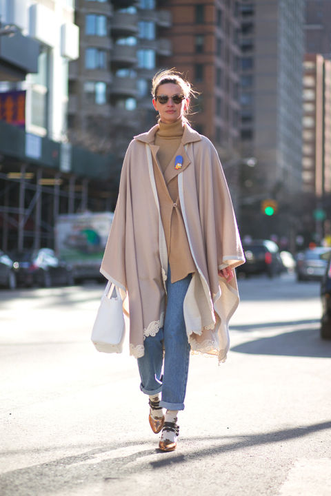 how to roll your jeans, denim styling, jeans nyfw-winter-layers-freezing-hbz-blush-camel-turtleneck-sweater-rolled-cuffed-jeans-pointy-toe-cape-coat-lace