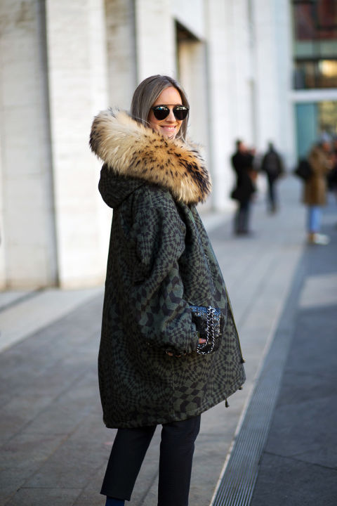 what to wear to work when it's freezing outside, nyfw-winter-layers-freezing-hbz-fur-statement-coat-fur-hood-printed-coat