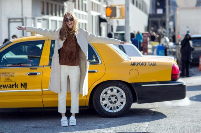 nyfw-winter-white-white-pants-coat-via-via-thestyleograph