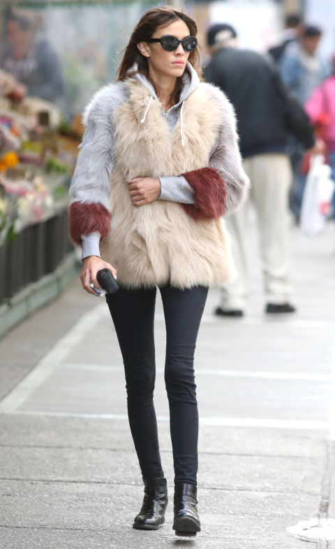 chelsea boots, winter outfit, ankle boots, booties, alexa-chung-hoodie-fur-coat-black-skinnies-chelsea-boots