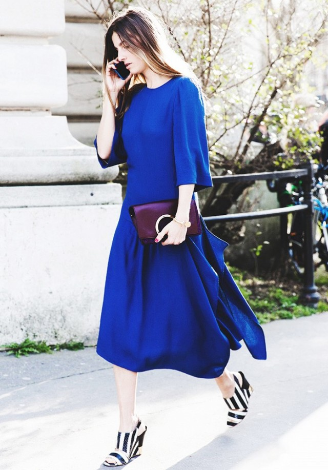 cobalt-long-midi-dress-oversized-bold-black-and-white-stripes-wedges-mules-spring-street-style-via-collage vintage