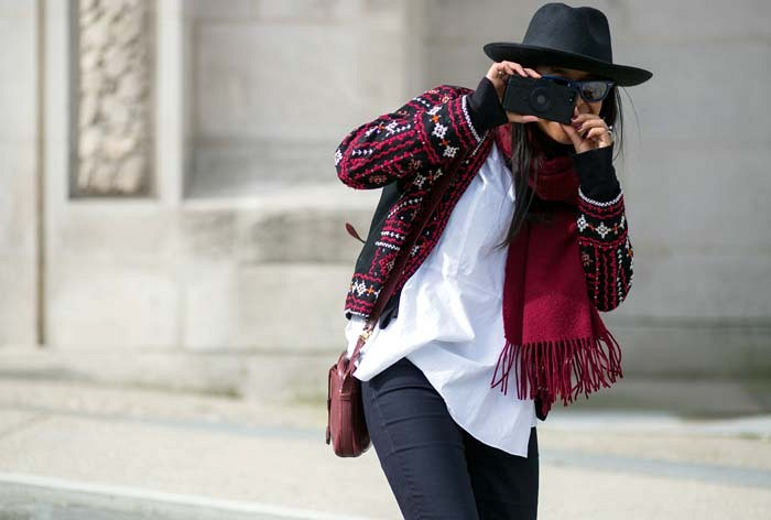 pfw-70s-boho-printed-sweater-wide-brim-hat-flare-leg-pants-70s-boho-via-the styleograph