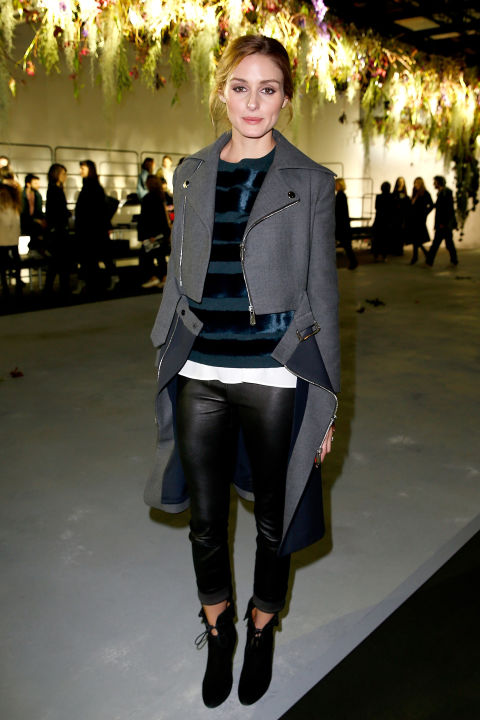 pfw-olivia-palermo-black-leather-skinnies-ankle-booties-grey-coat-zipper-coat-sweater-green-night-out-going-out-via-bazaar