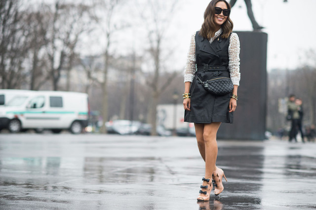 trench-dress-sleeveless-trench-coat-black-and-white-bows-spring-via-elle.com